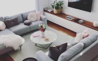 Skandinavische Ideen; graues Wohnzimmer; gemütliche Wohnzimmerdekore; moderne w ...