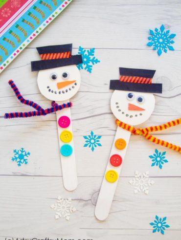 Machen Sie ein Eis am Stiel Schneemann Craft in diesem Weihnachten