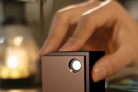 UO Smart Beam Mini Tragbarer Projektor