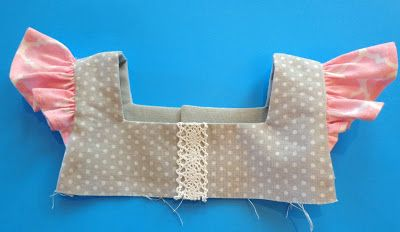 Tutorial Dienstag: Wie man dem Fair & Square Top und Dress Pattern Flatter hinzufügt - Tie Dye Diva Patterns Blog