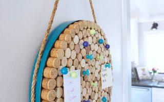 Wine Cork Board - ein einfaches DIY-Projekt zum Organisieren - Girl, Just DIY!