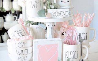 Valentinstagdekorationen, die Sie lieben werden Valentinstag Dekorationen | Valentinstag Dekor kann oft kitschig sein. Diese Liste mit Vale ...