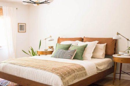 Mid Century Modern Bedroom - Größer als wir drei