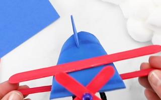 Toilettenpapierrolle Flugzeug Basteln für Kinder