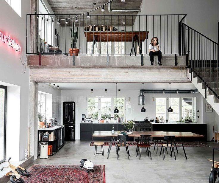De industriële chique lofthuisconversie van een skifabriek - Home | Einzelheiten #...