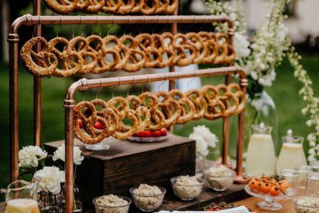 Hochzeitstrends 2019 - Dies sind die ultimativen Trends für eure Hochzeit 2019 - kleiner Flieder