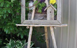 Rustikale Gartenkunststaffelei mit Hostas. Weitere Ideen finden Sie in der Gesamt ...
