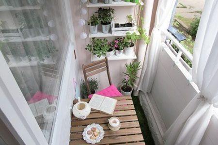 Wie man das Beste aus einem winzigen Balkon macht