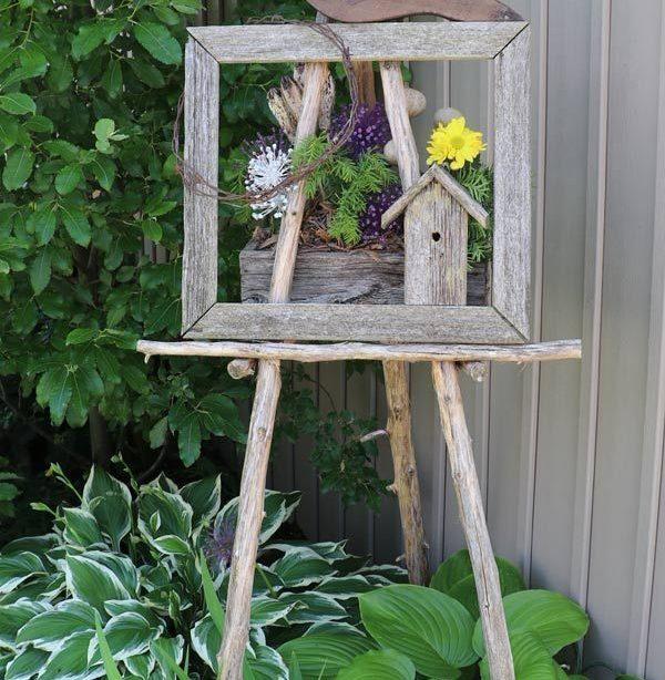 Rustikale Gartenkunst Staffelei qua Hostas. In jener ganze Balkon aufgabeln S ...