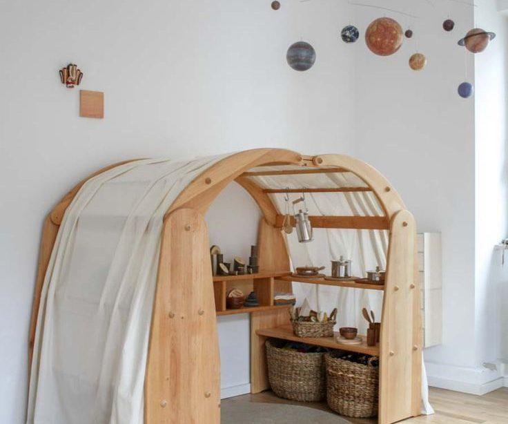 Wohnung aus Perspektive der Kinderbetreuung. Oder wie Montessori Leben verändert.