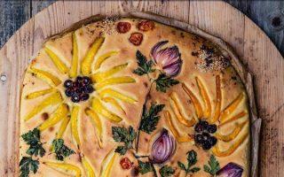 Focaccia Garten - der Blumen Brot-Trend 2020 mit viel Gemüse