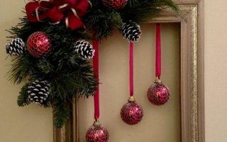 Last Minute DIY Weihnachtsdekoration mit kleinem Budget - Bilderrahmen Kränze   Pe… - Gebrauchtwarenladen Handwerk