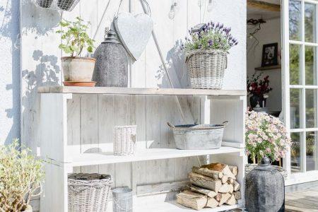 Terrassenregal DIY oder Karfreitagsblümchen   Terrasse selber machen, Terrasse dekorieren, Bücherreg